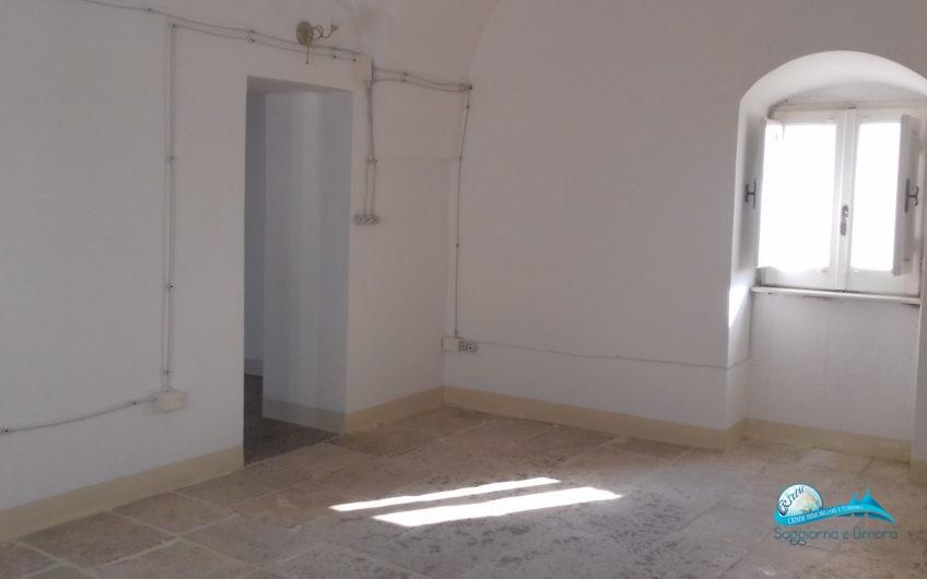 Casa indipendente 120mq in Piazza Plebiscito e locale commerciale