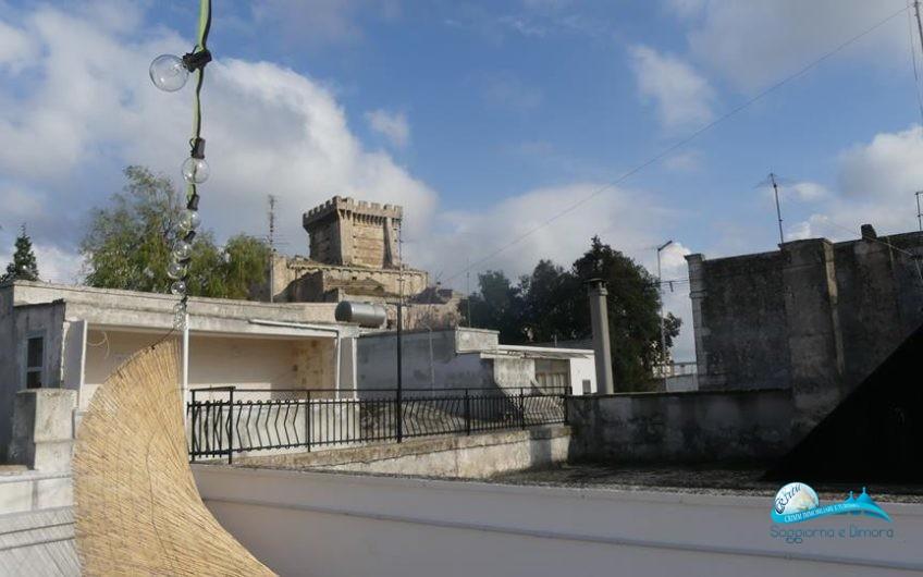 Antica dimora in pietra con terrazzo vista Castello Ducale