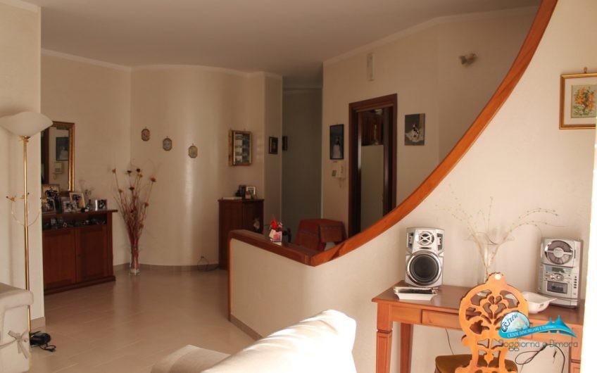 Appartamento con accesso indipendente e garage
